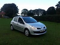 57 REG RENAULT CLIO EXPRESSION 1.5 DCI GLASSROOF 5DR SILVER 2-KEYS FULL SERVICE VERY CHEAP @BARGAIN