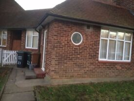 1 bedroom house for rent close as to Carpenders Park