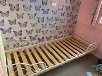 Ikea Minnen extendable toddler bed