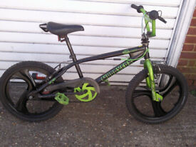 BMX MUDDYFOX WITH 20 inch mag wheels all very good £60