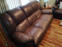 Leather 3 piece suite (Both armchairs reclined)