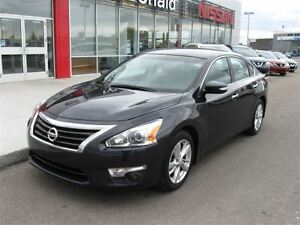 2014 Nissan Altima 2.5 SL/Leather heated seats/Blue tooth/One ow