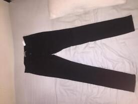 Men's ripped black jeans