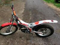 Beta rev3 250 trials bike