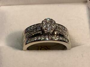 #186 *ON HOLD               *14K WHITE GOLD LADIES ENGAGEMENT RING 3 RINGS SOLDERED TOGETHER *SIZE 6* APPRAISED AT $3550