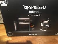Nespresso inissia and aeroccino3 in black - coffee machine