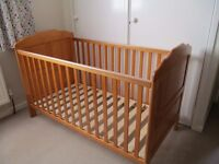 Brand New O Baby Beverley Cot Bed With Packaged Mattress & Bedding
