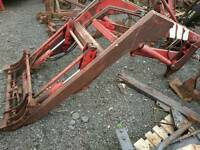 Chilton tractor loader to fit mf 600