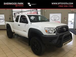 2014 Toyota Tacoma 4X4 Custom! One Owner!