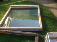 VELUX GGL8 GLAZING - double glazed unit comes with all fixings. PERFECT condition.