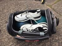 2x bowling balls and a pair of trainers
