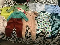 AGE 9/12 MONTHS SELECTION OF BABY CLOTHES