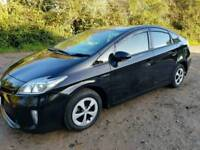 Toyota Prius 2015 for rent/hire/uber