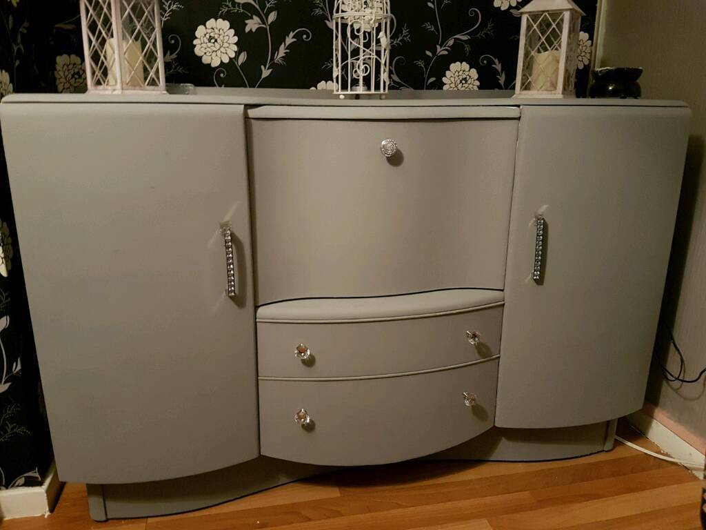 Large refurbished unit