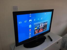 """Samsung 40"""" LCD 1080 HDTV glossy black excellent condition"""