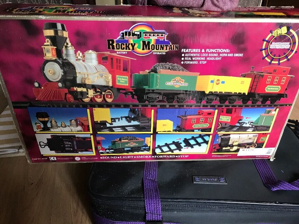 Train Setin Huntly, AberdeenshireGumtree - Train set with lights and sound. Box is a bit bashed but all the contents are complete and in good condition