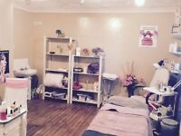 Spacious beauty room available close to city centre with parking