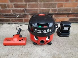 Cordless Numatic Henry Vacuum Cleaner with 2 Batteries