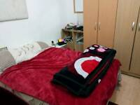 Single bed in a double room, 1bedroom flat, SE5