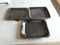 3 cooking/baking trays