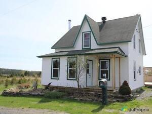 120 000$ - Maison à un étage et demi à vendre à Lac-Drolet