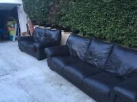 RELISTED DUE TO TIME WASTER!!! 2 & 3 seater leather sofas