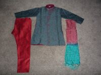Boys maroon and green Indian Suit (Sherwani suit) Age 7, in excellent condition, £10
