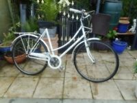 vintage ladies white 21 inch frame raleigh caprice bike with basket and lock