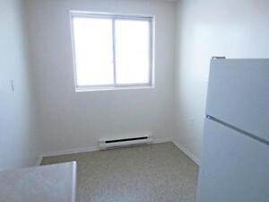 Laundry, parking: New Hamburg 2 Bedroom Apartment for Rent