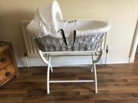 Izziwotnot baby wicker moses basket and stand