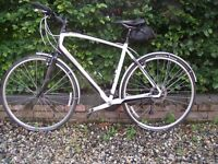 Specialized Sirrus Elite Hybrid Bike - excellent condition - Large Frame