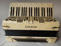 Piano accordion. Honer Tango V 120 bass