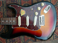 NEW Squier Classic Vibe Stratocaster '60s - 3-tone Sunburst ( LOCAL PICKUP ONLY )
