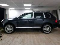 V8 Porsche Cayenne S Tiptronic 4.5L 378BHP with SAT NAV LEATHER 21 INCH ALLOYS FSH 2 KEYS