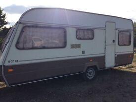 Monza caravan