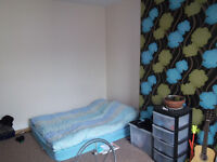 1 bedroom to rent in a 2 bedroom house in Armley,available from 1st of july, rent 265 pounds pm.