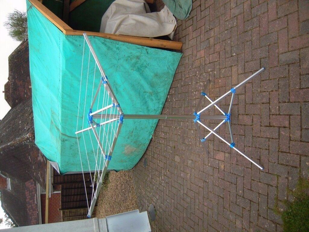 portable rotary washing line