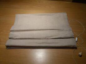 2 x Natural Linen Roman Blinds