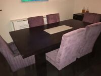 MODERN/DESIGNER TABLE AND CHAIRS FOR SALE