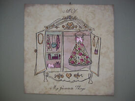 Very pretty 'Favourite Things' box canvas printed picture / print