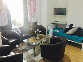 Studio Flat Available Now!!