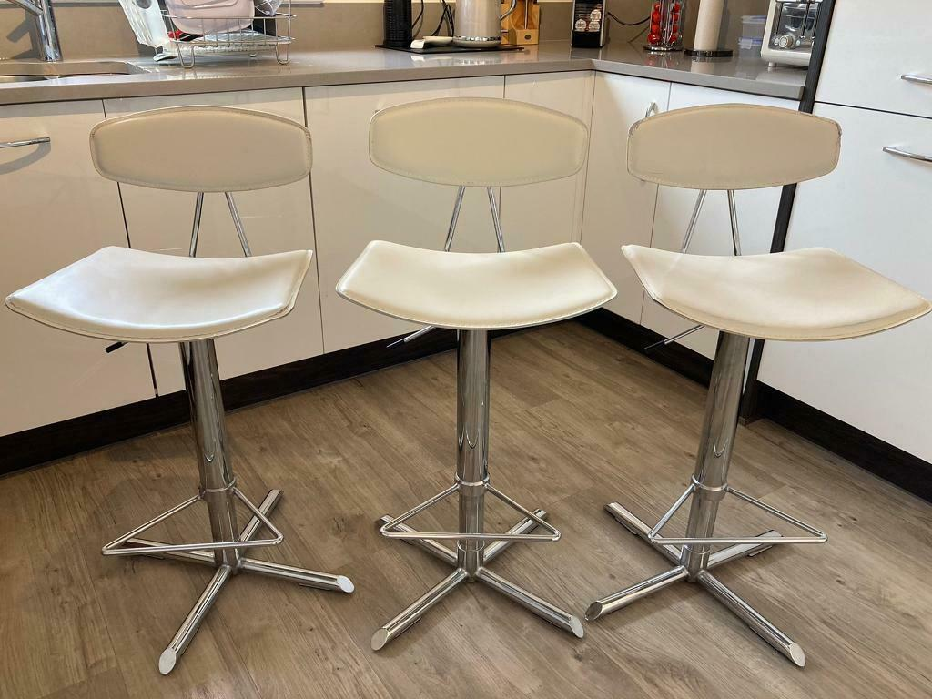 Kitchen bar stools   in Cults, Aberdeen   Gumtree