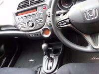Fully AUTOMATIC HONDA JAZZ 1.3-5 DOOR-2011 VERY LOW MILES Parking sensor