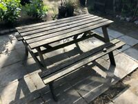 *reserved* Garden table / bench