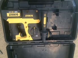 Hardly used 18v SDS Dewalt drill complete with case and battery