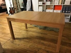 6/10 seat extendable dining table