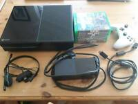 Xbox one 500gb + 7 games