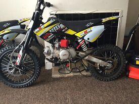 M2R 125 Race Pitbike 4 stroke