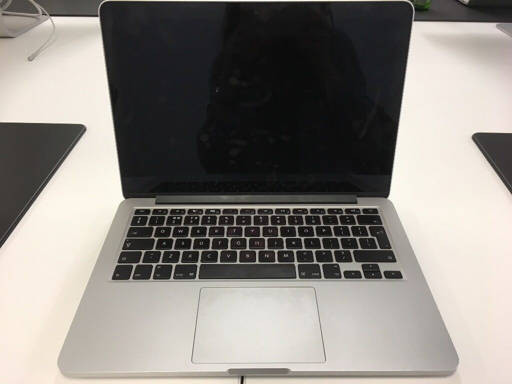 MacBook Pro Retina13 inch (Company Computerin Shoreditch, LondonGumtree - MacBook Pro Retina 13 inch Description MacBook Pro Retina, Early 2015 Screen size 13 inch Processor 2.7 GHz Intel Core i5 Memory 8 GB Hard drive 128 GB Used for less than 1 year With 2 years Apple Care (1 available)