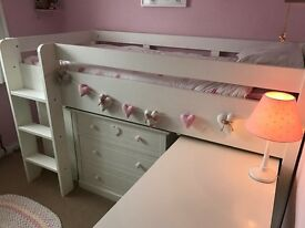 Stunning NEXT white wooden sleep station in immaculate condition. Beautiful